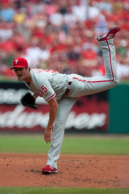 ST. LOUIS - JULY 22: Starting pitcher Cole Hamels #35 of the Philadelphia Phillies throws against the St. Louis Cardinals at Busch Stadium on July 22, 2010 in St. Louis, Missouri. The Phillies defeated the Cardinals 2-0.  (Photo by Dilip Vishwanat/Getty I
