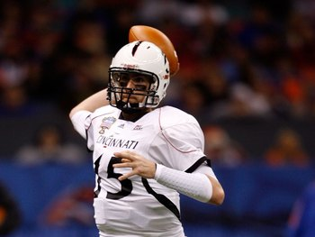 NEW ORLEANS - JANUARY 01:  Quarterback Tony Pike #15 of the Cincinnati Bearcats throws the ball against the Florida Gators during the Allstate Sugar Bowl at the Louisana Superdome on January 1, 2010 in New Orleans, Louisiana.  (Photo by Matthew Stockman/G