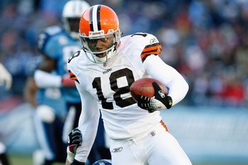 NASHVILLE, TN - DECEMBER 7:   Donte Stallworth #18 of the Cleveland Browns carries the ball during the game against the Tennessee Titans on December 7, 2008 at LP Field in Nashville, Tennessee.  (Photo by Kevin C. Cox/Getty Images)