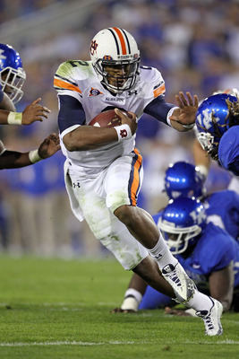 LEXINGTON, KY - OCTOBER 09:  Cam Newton #2 of the Auburn Tigers runs with the ball during the SEC game against the Kentucky Wildcats at Commonwealth Stadium on October 9, 2010 in Lexington, Kentucky.  (Photo by Andy Lyons/Getty Images)
