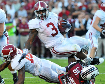 COLUMBIA, SC - OCTOBER 9: Running back Trent Richardson #3 of the Alabama Crimson Tide returns a kick against the South Carolina Gamecocks October 9, 2010 at Williams-Brice Stadium in Columbia, South Carolina.  (Photo by Al Messerschmidt/Getty Images)
