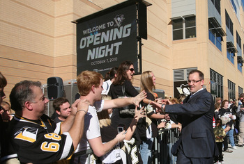 PITTSBURGH - OCTOBER 07: Coach Dan Bylsma of the Pittsburgh Penguins arrives for the season opening game against the Philadelphia Flyers at the Consol Energy Center on October 7, 2010 in Pittsburgh, Pennsylvania. (Photo by Bruce Bennett/Getty Images)