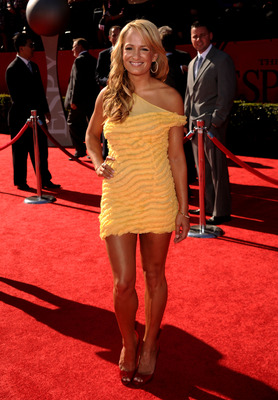 LOS ANGELES, CA - JULY 14:  ESPN talent Jenn Brown arrives at the 2010 ESPY Awards at Nokia Theatre L.A. Live on July 14, 2010 in Los Angeles, California.  (Photo by Jason Merritt/Getty Images for ESPY)