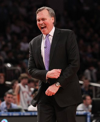 NEW YORK - FEBRUARY 20:  Head coach of the New York Knicks, Mike D'Antoni reacts against the Oklahoma City Thunder at Madison Square Garden on February 20, 2010 in New York, New York. NOTE TO USER: User expressly acknowledges and agrees that, by downloadi