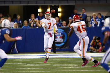 INDIANAPOLIS, IN - OCTOBER 10: Leonard Pope #45 of the Kansas City Chiefs catches the football from Matt Cassel #7 against the Indianapolis Colts at Lucas Oil Stadium on October 10, 2010 in Indianapolis, Indiana.  (Photo by Scott Boehm/Getty Images)