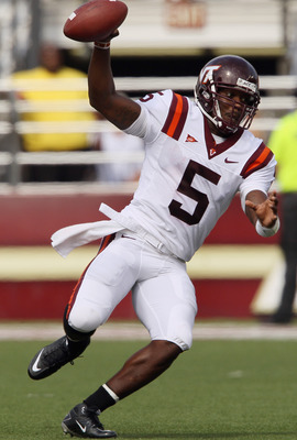 CHESTNUT HILL, MA - SEPTEMBER 25:  Tyrod Taylor #5 of the Virginia Tech Hokies scrambles in the second quarter against the Boston College Eagles on September 25, 2010 at Alumni Stadium in Chestnut Hill, Massachusetts.  (Photo by Elsa/Getty Images)