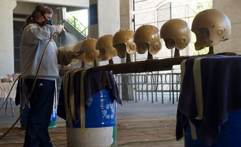 Paintingnotredamesgoldenhelmets_display_image