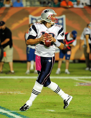MIAMI - OCTOBER 4: Tom Brady #12 of the New England Patriots passes against the Miami Dolphins at Sun Life Field on October 4, 2010 in Miami, Florida. (Photo by Scott Cunningham/Getty Images)