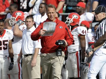 ORLANDO, FL - JANUARY 1: Coach Mark Richt of the University of Georgia directs play against the Michigan State Spartans at the 2009 Capital One Bowl at the Citrus Bowl on January 1, 2009 in Orlando, Florida.  (Photo by Al Messerschmidt/Getty Images)