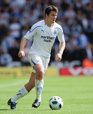 WOLVERHAMPTON, ENGLAND - AUGUST 28:  Joey Barton of Newcastle United during the Barclays Premier League match between Wolverhampton Wanderers and Newcastle United at Molineux on August 28, 2010 in Wolverhampton, England.  (Photo by Shaun Botterill/Getty I
