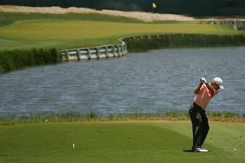 KIAWAH ISLAND, SC - MAY 25:  Ben Crenshaw hits his tee shot on the 17th hole during the second round of the Senior PGA Championship on May 25, 2007 on the Ocean Course at the Kiawah Island Golf Resort in Kiawah Island, South Carolina.  (Photo by Scott Hal