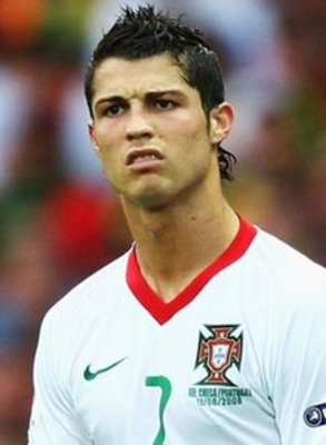 صور كرستيانو رونالدو 2013 CristianoRonaldoPortugal_957352_display_image.jpg?1286974276