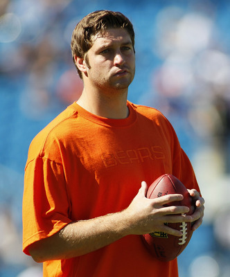 CHARLOTTE, NC - OCTOBER 10: Quarterback Jay Cutler #6 of the Chicago Bears stands on the field during warm ups prior to the Bears game against the Carolina Panthers at Bank of America Stadium on October 10, 2010 in Charlotte, North Carolina.  (Photo by Ge
