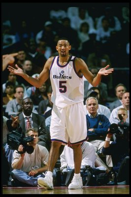18 Apr 1997:  Juwan Howard #5 of the Washington Bullets questions a call during their 104-93 win over the Orlando Magic at the USAir Arena in Landover, Maryland.  Mandatory Credit: Doug Pensinger  /Allsport