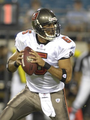 JACKSONVILLE, FL - AUGUST 18: Quarterback Bruce Gradkowski #5 of the Tampa Bay Buccaneers sets to pass against the Jacksonville Jaguars at Jacksonville  Municipal Stadium on August 18, 2007 in Jacksonville, Florida. (Photo by Al Messerschmidt/Getty Images