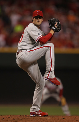 Cole Hamels dominates in game three
