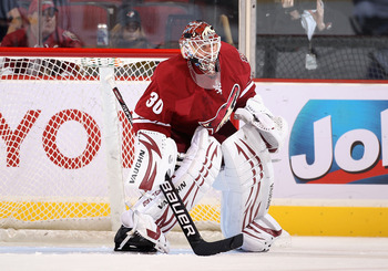 GLENDALE, AZ - SEPTEMBER 23:  Goaltender Ilya Bryzgalov #30 of the Phoenix Coyotes in action during the preseason NHL game against the Los Angeles Kings at Jobing.com Arena on September 23, 2010 in Glendale, Arizona.  The Coyotes defeated the Kings 2-1 in