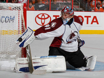 PHILADELPHIA - OCTOBER 11:  Goalie Craig Anderson #41 of the Colorado Avalanche makes a save against the Philadelphia Flyers in the second period of a hockey game at the Wells Fargo Center on October 11, 2010 in Philadelphia, Pennsylvania.  (Photo by Paul