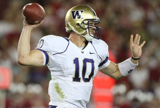 PALO ALTO, CA - SEPTEMBER 26:  Quarterback Jake Locker #10 of the Washington Huskies in action against the Stanford Cardinal at Stanford Stadium on September 26, 2009 in Palo Alto, California.  (Photo by Jed Jacobsohn/Getty Images)