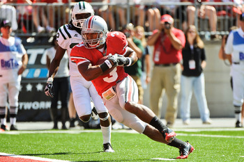 COLUMBUS, OH - SEPTEMBER 18:  Brandon Saine #3 of the Ohio State Buckeyes runs into the endzone against the Ohio Bobcats at Ohio Stadium on September 18, 2010 in Columbus, Ohio.  (Photo by Jamie Sabau/Getty Images)