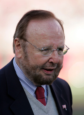 TAMPA, FL - JANUARY 07:  Malcolm Glazer, the owner of the Tampa Bay Buccaneers, before the game against the Washington Redkins during the NFC Wild Card Playoff Game at Raymond James Stadium on January 7, 2006 in Tampa, Florida. The Redskins defeated the B