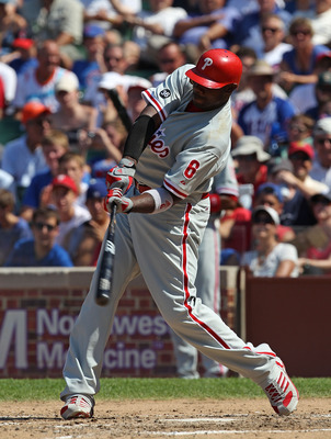 CHICAGO - JULY 16: Ryan Howard #6 of the Philadelphia Phillies takes a swing against the Chicago Cubs at Wrigley Field on July 16, 2010 in Chicago, Illinois. The Cubs defeated the Phillies 4-3. (Photo by Jonathan Daniel/Getty Images)