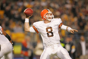 PITTSBURGH - NOVEMBER 13:  Quarterback Trent Dilfer #8 of the Cleveland Browns passes against the Pittsburgh Steelers on November 13, 2005 at Heinz Field in Pittsburgh, Pennsylvania.  The Steelers won 34-21.  (Photo by Jamie Squire/Getty Images)