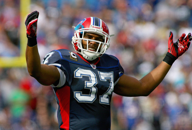 ORCHARD PARK, NY - OCTOBER 10: George Wilson #37 of the Buffalo Bills encourages the crowd against the Jacksonville Jaguars at Ralph Wilson Stadium on October 10, 2010 in Orchard Park, New York. Jacksonville won 36-26. (Photo by Rick Stewart/Getty Images)