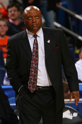 BUFFALO, NY - MARCH 19:  Head coach Leonard Hamilton of the Florida State Seminoles looks on from the bench against the Gonzaga Bulldogs during the first round of the 2010 NCAA men's basketball tournament at HSBC Arena on March 19, 2010 in Buffalo, New Yo