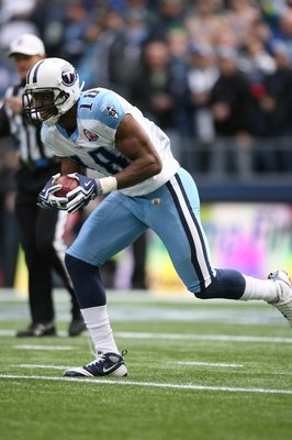 SEATTLE - JANUARY 03:  Kenny Britt #18 of the Tennessee Titans returns a kick during the game against the Seattle Seahawks on January 3, 2010 at Qwest Field in Seattle, Washington. (Photo by Otto Greule Jr/Getty Images)