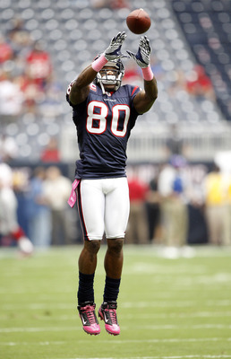 HOUSTON - OCTOBER 10:  Wide receiver Andre Johnson #80 of the Houston Texans warms up prior to playing the  New York Giants at Reliant Stadium on October 10, 2010 in Houston, Texas.  Johnson was a game day decision as to whether he would play after suffer