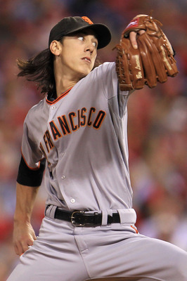 PHILADELPHIA - OCTOBER 16:  Pitcher Tim Lincecum #55 of the San Francisco Giants pitches against the Philadelphia Phillies in Game One of the NLCS during the 2010 MLB Playoffs at Citizens Bank Park on October 16, 2010 in Philadelphia, Pennsylvania.  (Phot