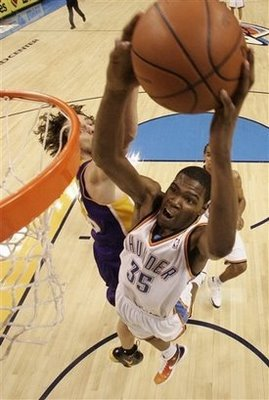 Kevindurantdunk_display_image