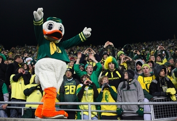 EUGENE,OR - DECEMBER 03:  Oregon Ducks mascot Puddles cheers after his team's 33-37 victory over the Oregon State Beavers after the game at Autzen Stadium on December 3, 2009 in Eugene, Oregon.  (Photo by Tom Hauck/Getty Images)