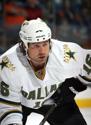UNIONDALE, NY - OCTOBER 09:  Adam Burish #16 of the Dallas Stars skates against the New York Islanders at the Nassau Coliseum on October 9, 2010 in Uniondale, New York.  (Photo by Bruce Bennett/Getty Images)