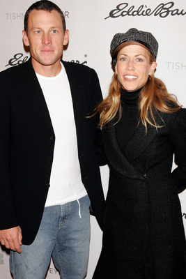 NEW YORK - OCTOBER 20:  Musician Sheryl Crow and fiance cyclist Lance Armstrong arrive at the opening night party for the Rockefeller Center Ice Skating Rink on October 20, 2005 in New York City.  (Photo by Scott Gries/Getty Images)