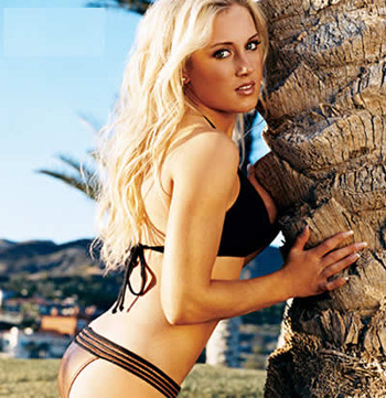 Natalie_gulbis_hot_girl_tree_display_image