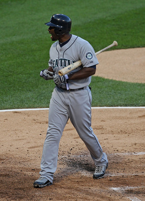 CHICAGO - JULY 26: Milton Bradley #15 of the Seattle Mariners yells at the umpire after being called out on strikes against the Chicago White Sox at U.S. Cellular Field on July 26, 2010 in Chicago, Illinois. (Photo by Jonathan Daniel/Getty Images)