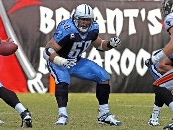 TAMPA, FL - OCTOBER 14: Center Kevin Mawae #68 of the Tennessee Titans sets to block against the Tampa Bay Buccaneers at Raymond James Stadium on October 14, 2007 in Tampa, Florida.  The Bucs won 13-10. (Photo by Al Messerschmidt/Getty Images)