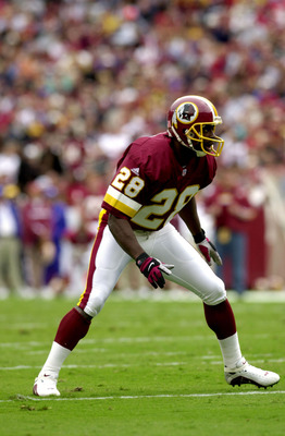 30 Sept 01: Darrell Green #28 of the Washington Redskins during the game against the Kansas City Chiefs at Fed Ex Field in Landover, Maryland. The Chiefs defeat the Redskins 45-13. DIGITAL IMAGE. Mandatory Credit: Doug Pensinger/Allsport.