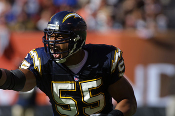 Junior Seau Was An Outstanding Linebacker For 20 Years