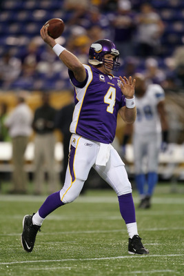 MINNEAPOLIS - SEPTEMBER 26:  Quarterback Brett Favre #4 of the Minnesota Vikings drops back to pass prior to the start of the game against the Detroit Lions at Mall of America Field on September 26, 2010 in Minneapolis, Minnesota.  (Photo by Jeff Gross/Ge