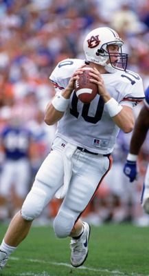 15 OCT 1994:  AUBURN UNIVERSITY QUARTERBACK PATRICK NIX DROPS BACK TO PASS DURING THE TIGERS 36-33 WIN OVER THE UNIVERSITY OF FLORIDA AT FLORIDA FIELD IN GAINESVILLE, FLORIDA.  Mandatory Credit: Scott Halleran/ALLSPORT