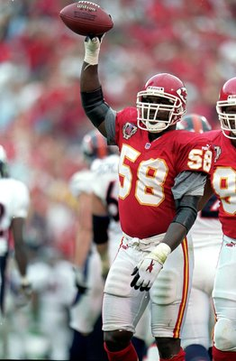 Derrick Thomas Was A Sack Master For The Chiefs