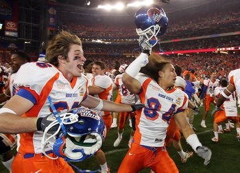 GLENDALE, AZ - JANUARY 01:  Seth Anderson (L) #36 and Aiona Key #84 of the Boise State Broncos celerbate a win over the Oklahoma Sooners 43-42 at the Tostito's Fiesta Bowl at University of Phoenix Stadium January 1, 2007 in Glendale, Arizona.  (Photo by J
