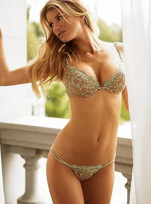 10marisamiller_display_image
