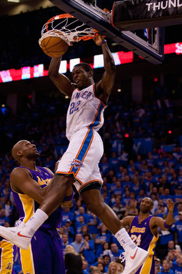 OKLAHOMA CITY - APRIL 30: Jeff Green #22 of the Oklahoma City Thunder dunks the ball against Lamar Odom #7 of the Los Angeles Lakers during Game Six of the Western Conference Quarterfinals of the 2010 NBA Playoffs on April 30, 2010 at the Ford Center in O
