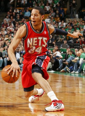 BOSTON - FEBRUARY 27:  Devin Harris #34 of the New Jersey Nets heads to the net in the second half against the Boston Celtics at the TD Garden on February 27, 2010 in Boston, Massachusetts. The Nets defeated the Celtics 104-96.  NOTE TO USER: User express