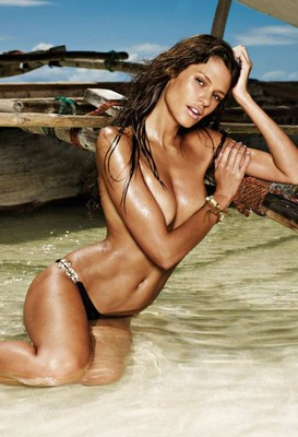Dominique-piek-bikini-fotograflari-01-430x629_display_image