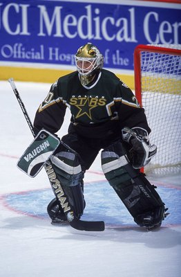 10 Dec 2000:  Goalie Ed Belfour #20 of the Dallas Stars is ready on the ice during the game against the Anaheim Mighty Ducks at the Arrowhead Pond in Anaheim, California. The Stars defeated the Mighty Ducks 1-0.Mandatory Credit: Jeff Gross  /Allsport